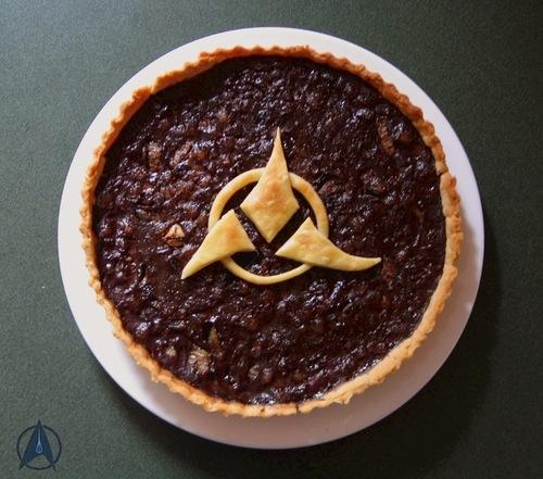 'Star Trek' Klingon Rokeg Blood Pie