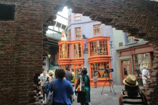 Wizarding World's Diagon Alley entrance