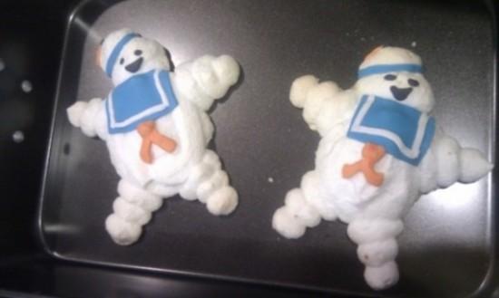 Stay-Puft Marshmallow Man Meringue Cookies