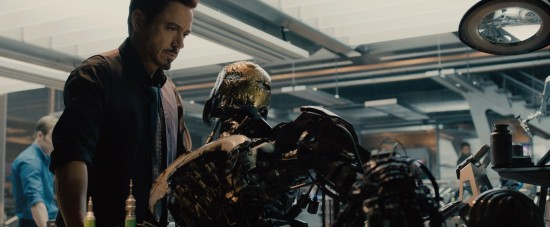 Avengers: Age of Ultron: Tony Stark with an Ultron prototype in his lab