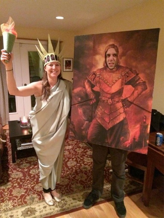 Halloween costumes: The Statue of Liberty and Portrait of Vigo the Carpathian from Ghostbusters 2