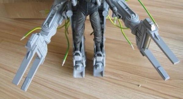 NECA Teases Aliens Deluxe Power Loader Figure