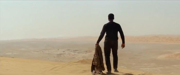 Finn on jakku Star Wars: The Force Awakens