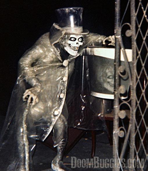 Disneyland Hatbox Ghost