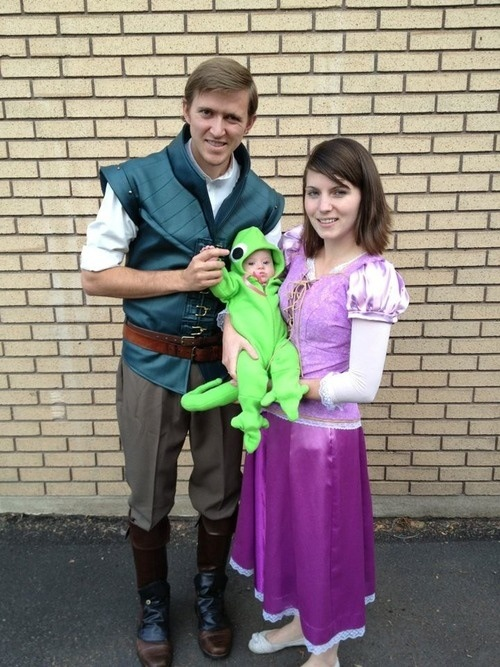 Family Tangled Cosplay