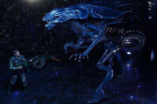Xenomorph Queen Ultra Deluxe Action Figure