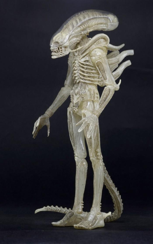 alien-albino-neca-fourthscale