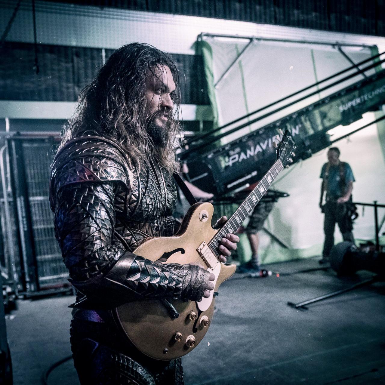 Superhero Bits Kevin Conroys Problem With Batman V Superman Aquaman Justiceleague Set Guitar