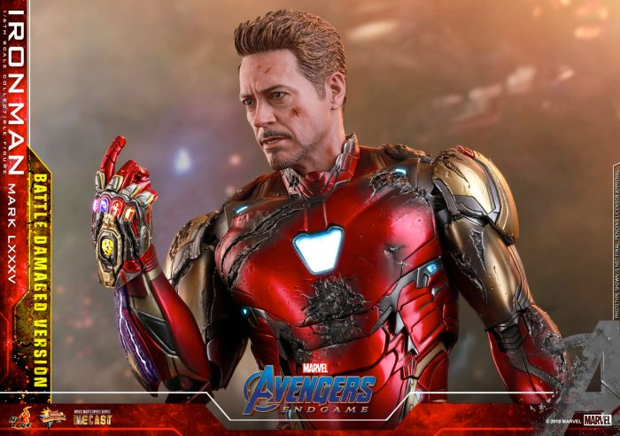 Tony Stark - Avengers Endgame Hot Toys Figure
