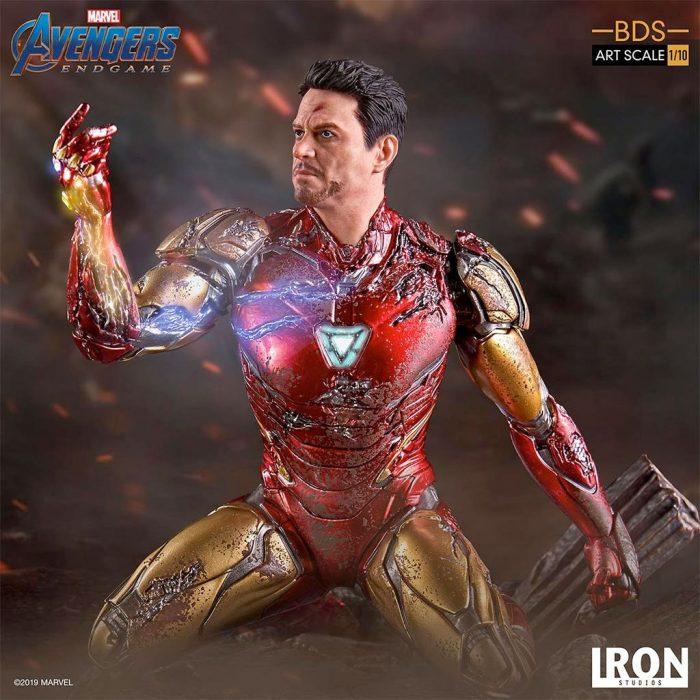 Avengers Endgame - Tony Stark Battle Diorama Statue