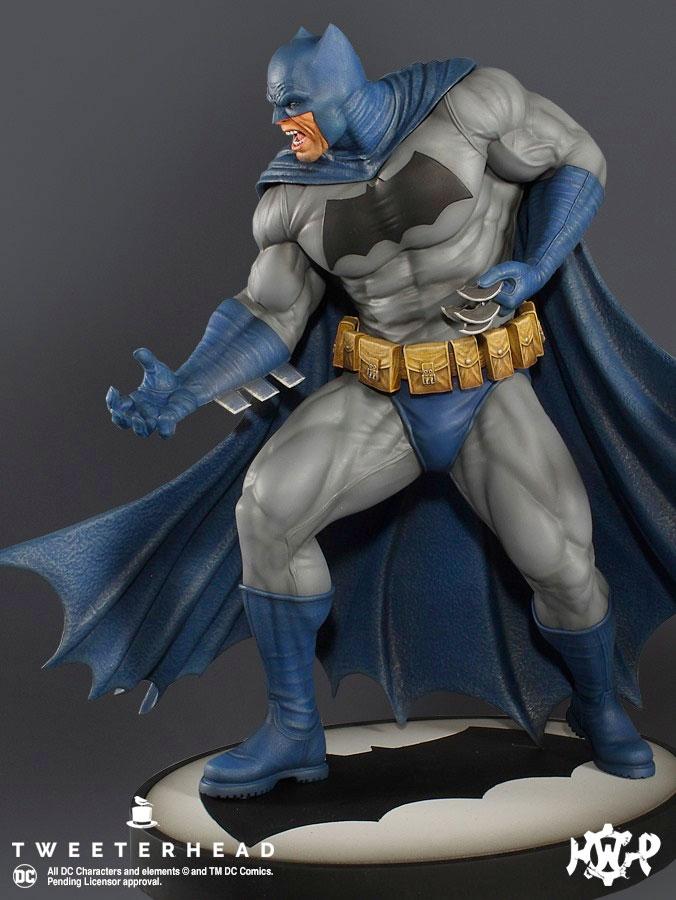 The Dark Knight Returns - Batman Maquette by Tweeterhead