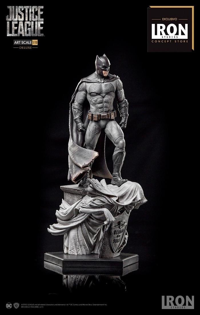 Batman - Iron Studios