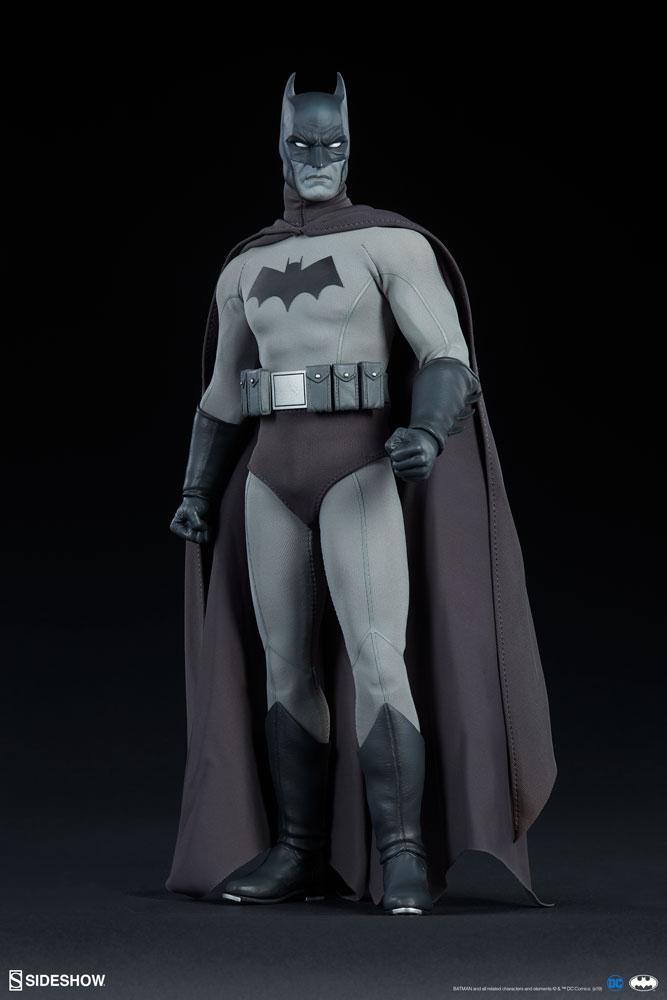 Batman Noir Figure - Sideshow Collectibles