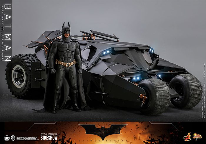 Batman Begins - Hot Toys Figure and Tumbler