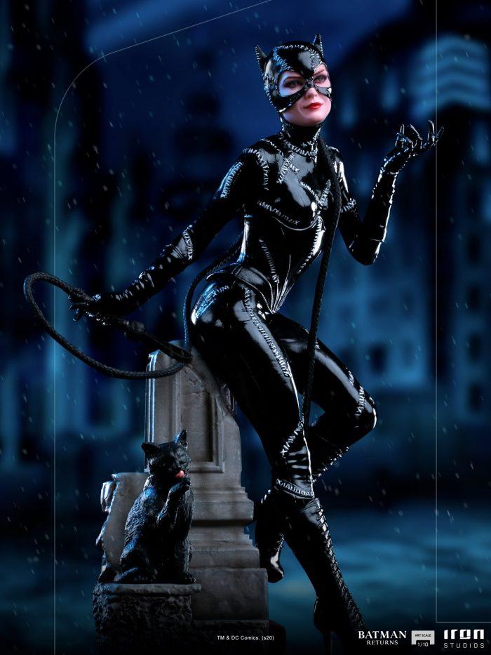 Batman Returns - Catwoman Statue