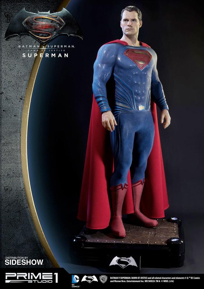 Batman v Superman - Sideshow Superman Statue