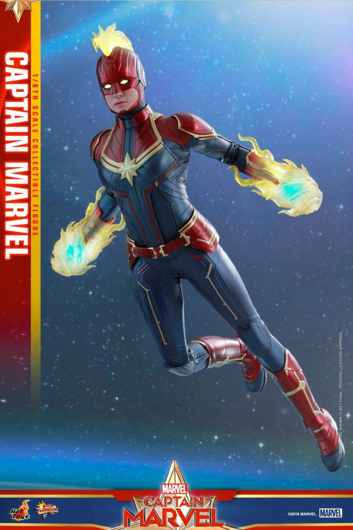 Captain Marvel Hot Toys Figure