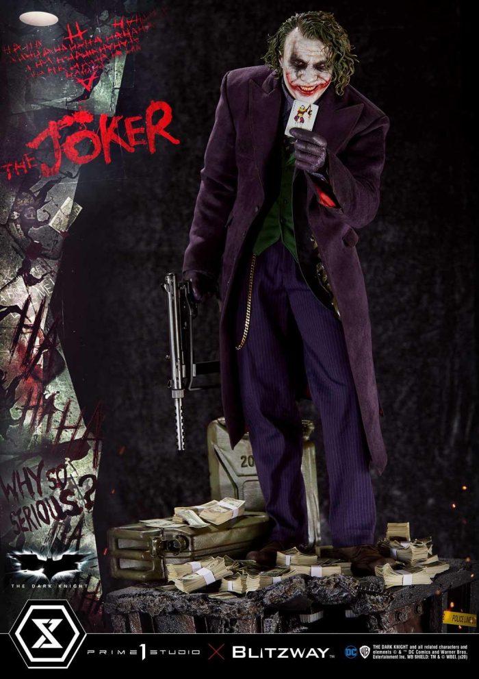 The Dark Knight - Joker Statue