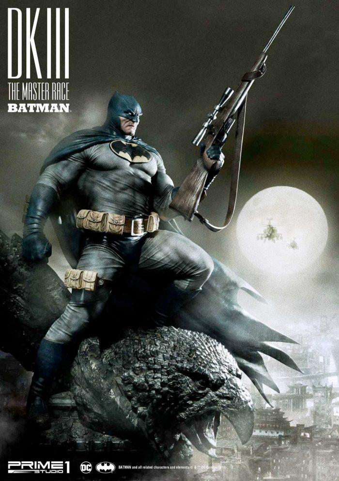 The Dark Knight III - Batman Statue