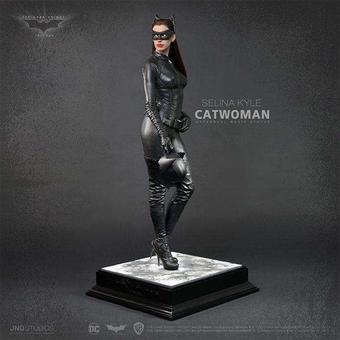 The Dark Knight Rises - Catwoman Statue