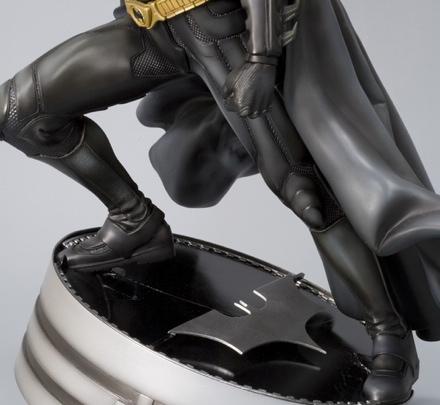 The Dark Knight Batman Vinyl Statue
