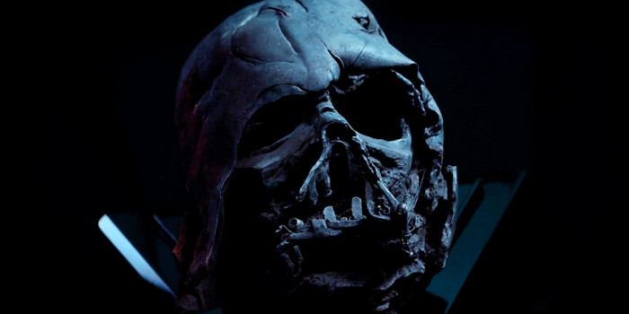 Hot Toys - Burnt Darth Vader Helmet Replica