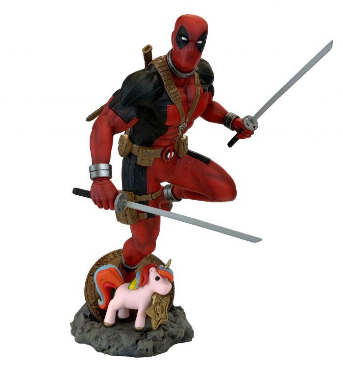 Deadpool 30th Anniversary Statue
