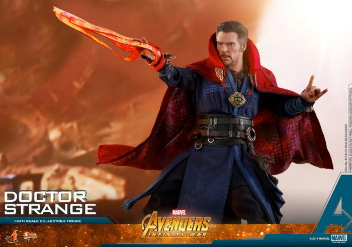 Avnegers Infinity War - Doctor Strange Hot Toys Figure