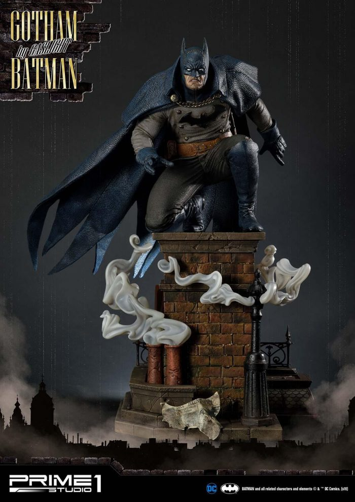 Gotham By Gaslight - Batman Statue Blue Version
