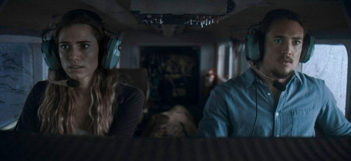 'Horizon Line' Trailer: Allison Williams and Alexander Dreymon Need to Get Off This Plane