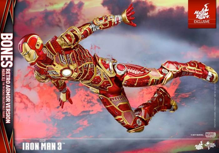 Hot Toys Iron Man - Bones Figure