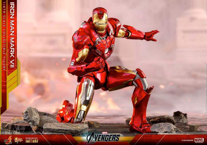 Iron Man Mark VII Hot Toys Figure