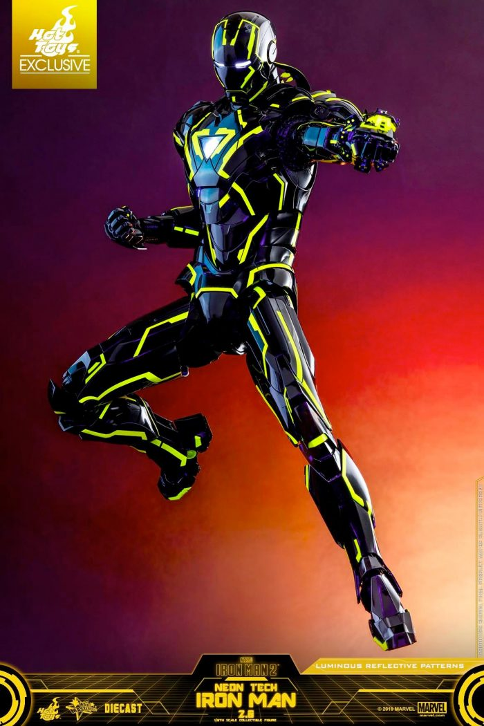 Iron Man Neon Tech Hot Toys Figure