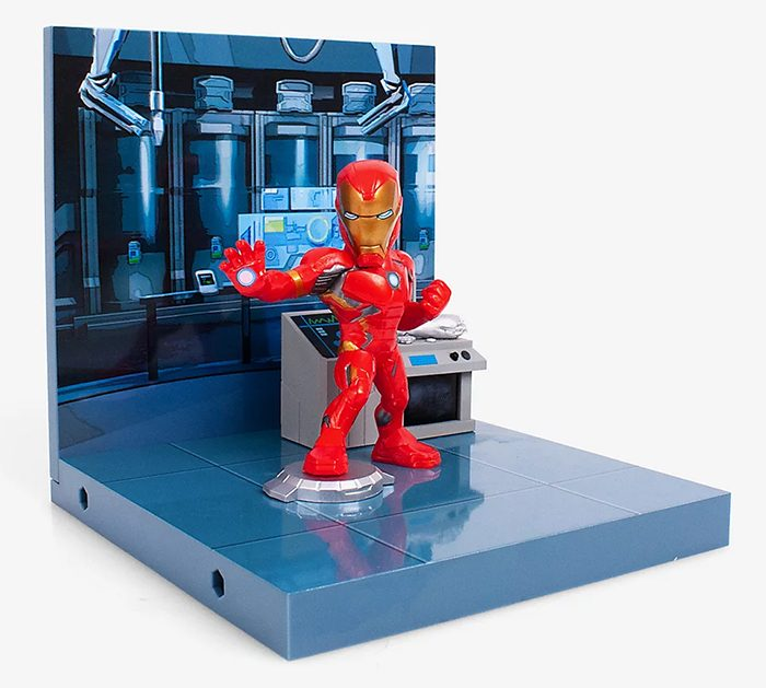 Iron Man Superama Figure