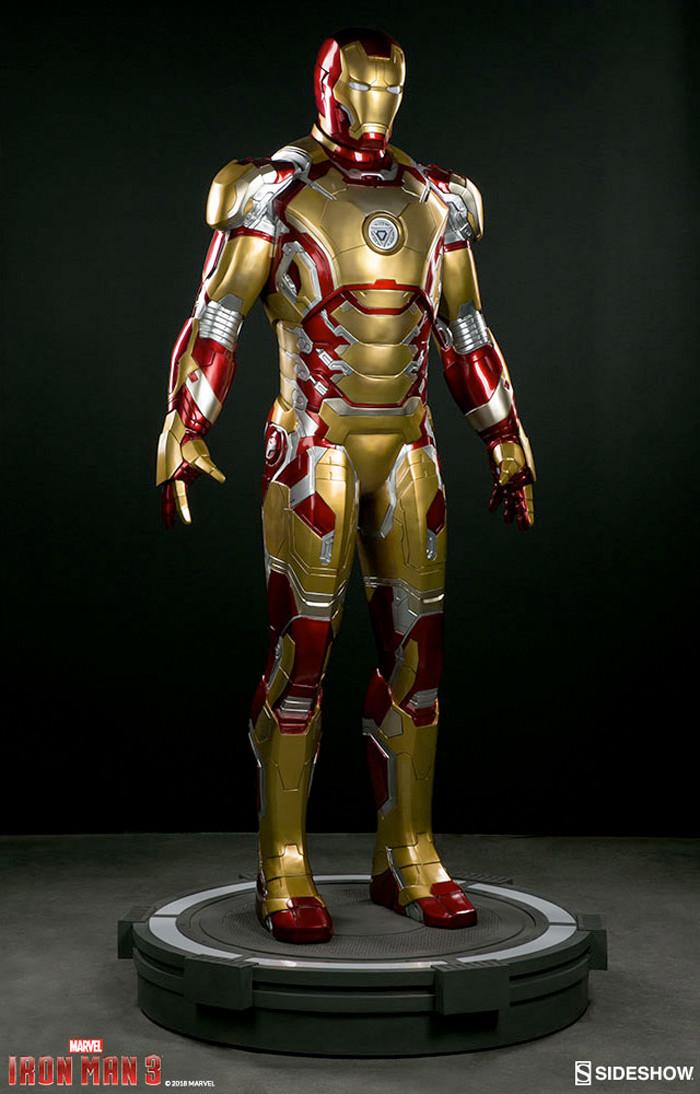 Iron Man 3 Life-Size Armor