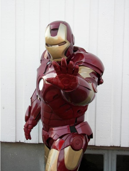 Cool Stuff: Custom Iron Man Costume