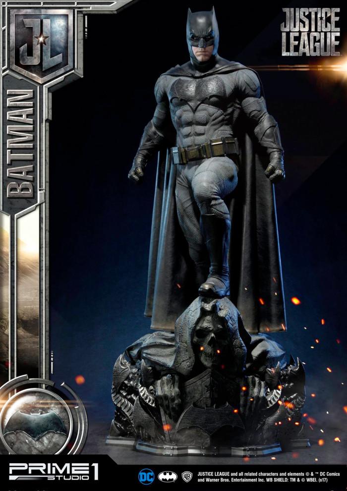 Justice League - Batman Prime 1 Studio Statue