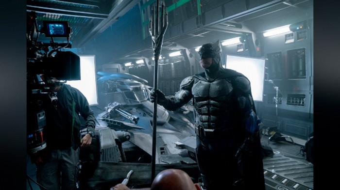 Justice League - Batman - Set Photo