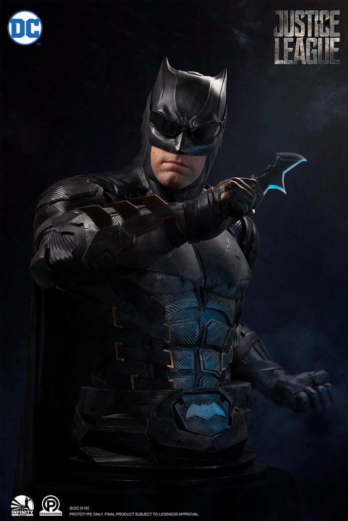 Justice League - Tactical Suit Batman Bust