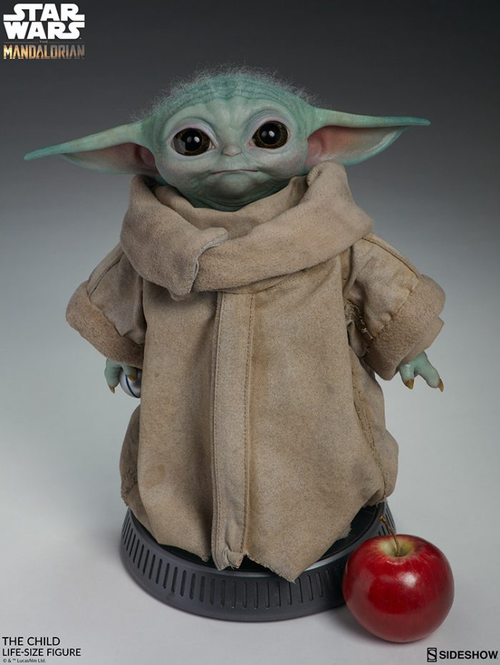 Sideshow Collectibles Life-Size Baby Yoda Figure