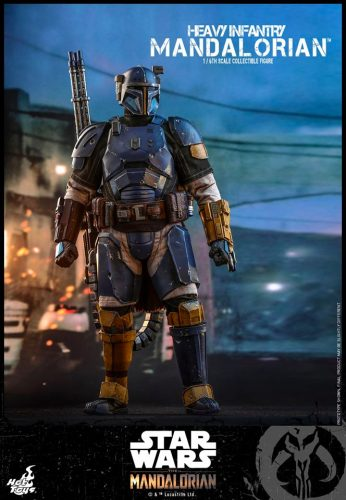 Hot Toys Heavy Infantry Mandalorian Figure