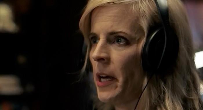 mariabamford-headphones