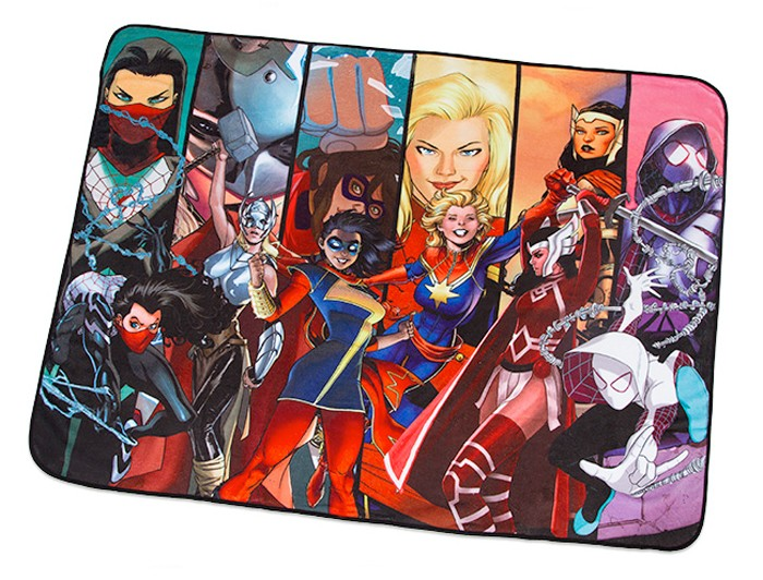 marvel-heroines-blanket