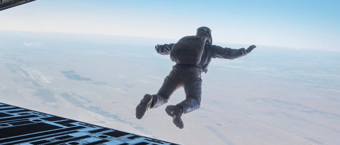 Tom Cruise Jumped From 25 000 Feet For Mission Impossible Fallout Stunt