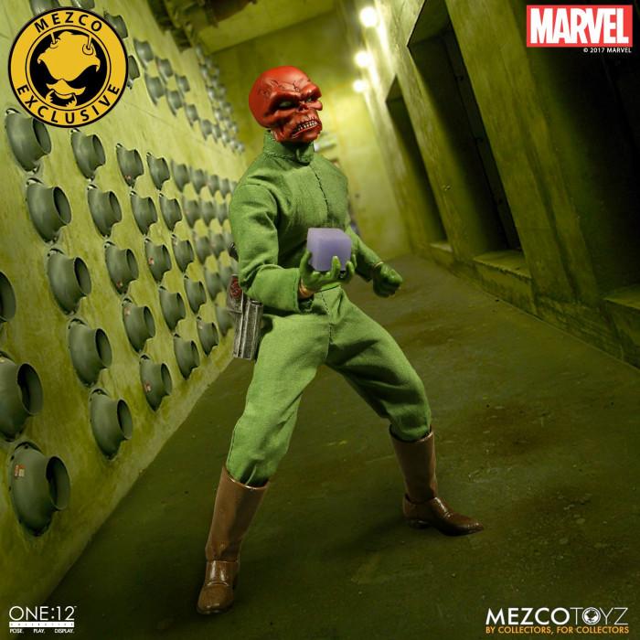 Red Skull Mezco Toyz Figure