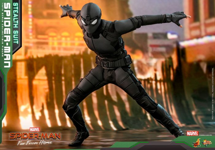 Spider-Man Far From Home - Stealth Suit Spider-Man Hot Toys Figure