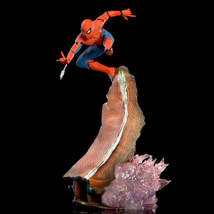 Spider-Man Homecoming - Diorama Statue - Spider-Man
