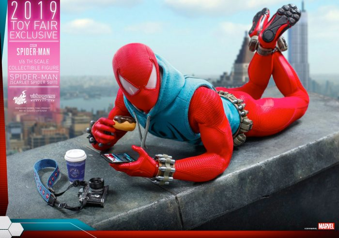 Scarlet Spider - Spider-Man Hot Toys