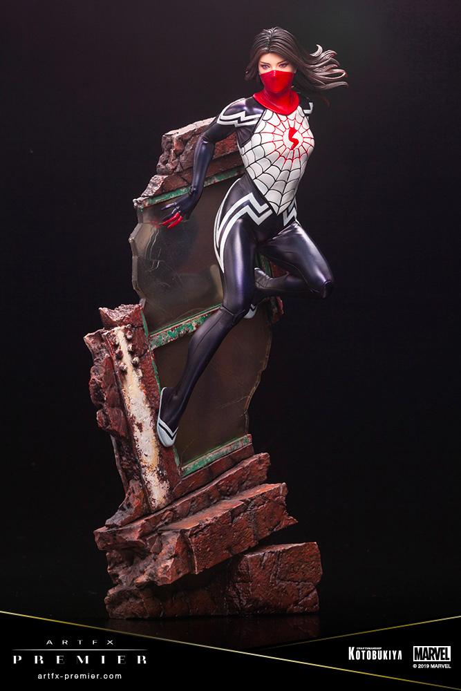 Spider-Man - Silk Statue