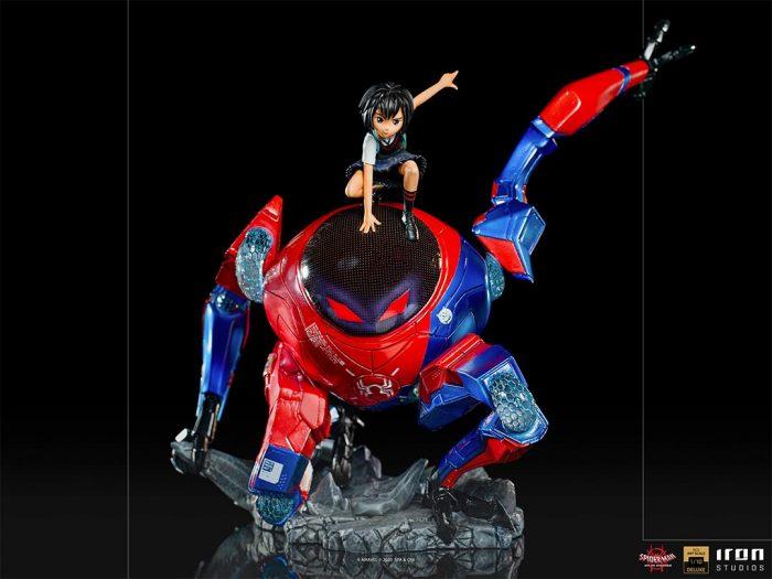 Spider-Man: Into the Spider-Verse - Peni Parker Battle Diorama Statue